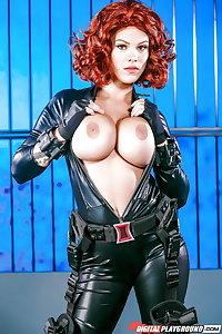 144 cosplay